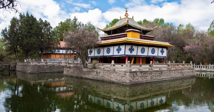 Norbulinka Summer Palace in Lhasa