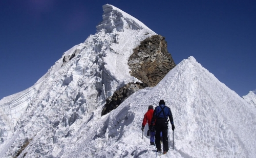 Everest Three High Passes Trek with Lobuche East Peak Climbing